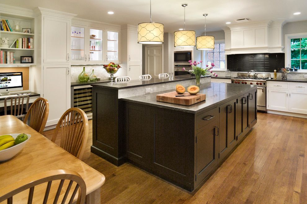 Seabrook Island Sc for a Traditional Kitchen with a Island and Scarsdale Ny Kitchen by Riemer Kitchens & Fine Cabinetry