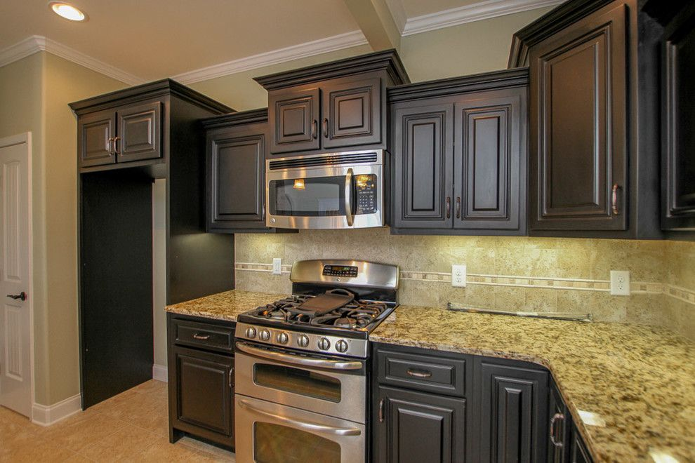 Sears Clarksville Tn for a Transitional Kitchen with a Serving Bar and Custom Home in Stones Manor by Crabbe Homes