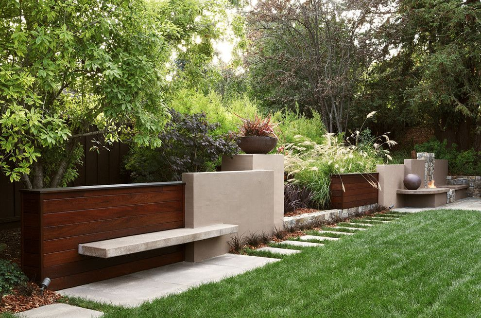 Sloat Garden Center for a Contemporary Landscape with a Plant Bowl and Contemporary Wall by Arterra Landscape Architects