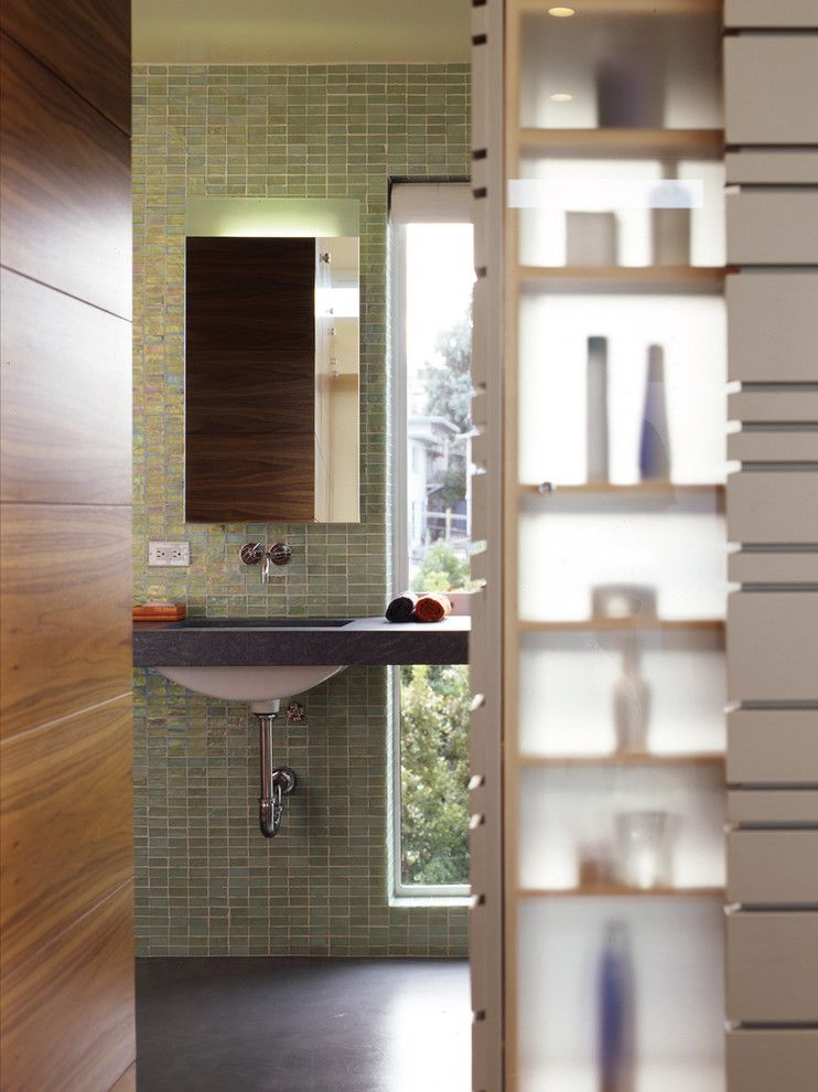 Slumberland Cedar Rapids for a Modern Bathroom with a Modern Bath and Wisconsin Street Residence by Schwartz and Architecture