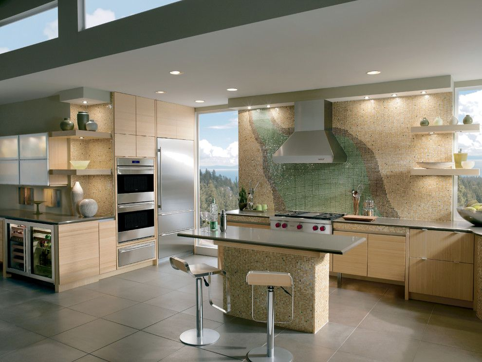 Snake River Sporting Club for a Modern Kitchen with a Gray Floor Tile and Kitchens by Sub Zero and Wolf