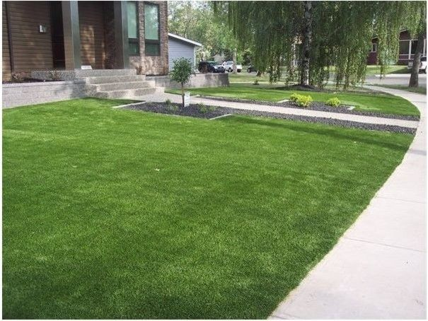 Southwest Greens for a Traditional Landscape with a Canada Artificial Grass and Home Spaces by Southwest Greens Alberta