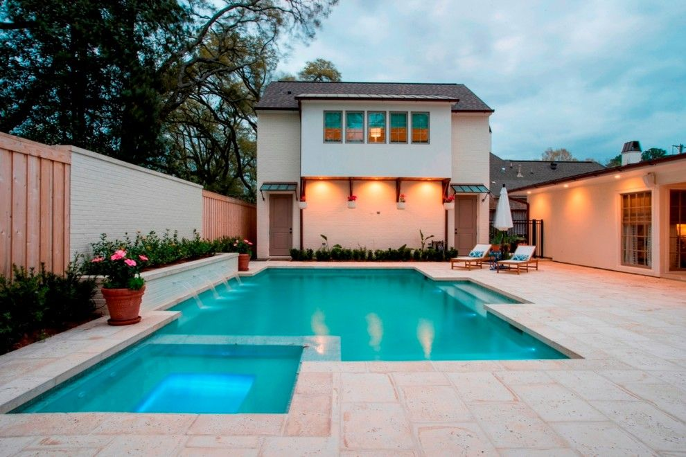 Splash Baton Rouge for a  Spaces with a Pool and Outdoor Kitchen by Bernhard Normand
