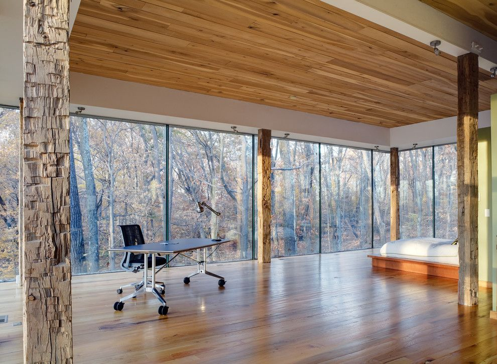 Spring Window Fashions for a Modern Bedroom with a Desk and Schon House by Jose Garcia Design