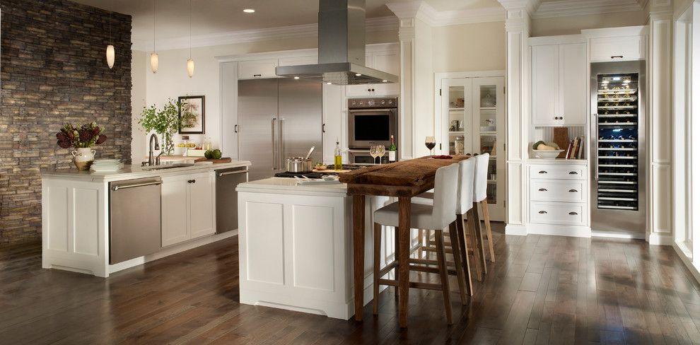 Standard Bar Stool Height for a Traditional Kitchen with a Traditional and Traditional Kitchen by Eldoradostone.com