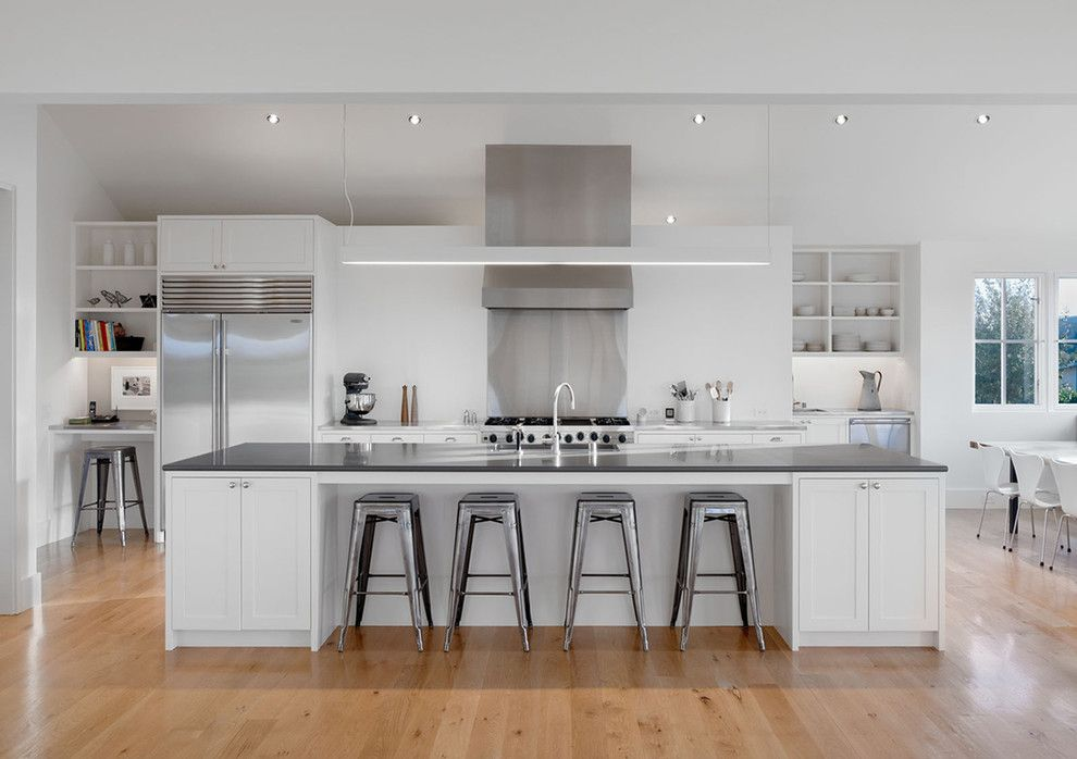 Sunflower Cafe Sonoma for a Modern Kitchen with a Gray Counters and Sonoma Farm House by Min | Day Architects