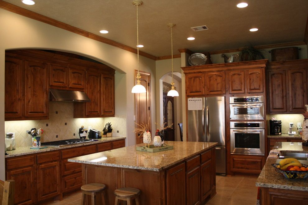 Sunnyvale Rod and Gun for a Traditional Kitchen with a Open Living Floor Plan and Gun and Rod by Mill Creek Custom Homes