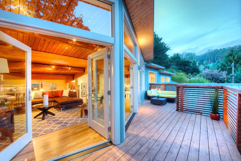 Tamalpais for a Contemporary Deck with a Exposed Beams and Sophisticated Lines by Decker Bullock Sotheby's International Realty