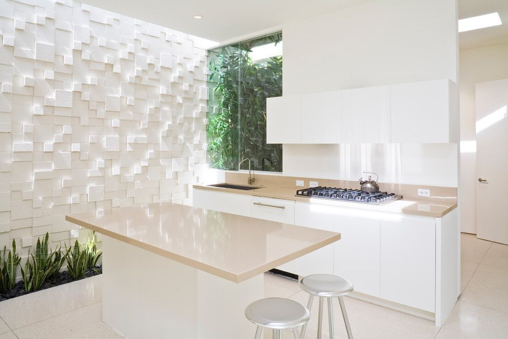 Texturing Walls for a Contemporary Kitchen with a Sleek and Trousdale Residence by Swift Lee Office