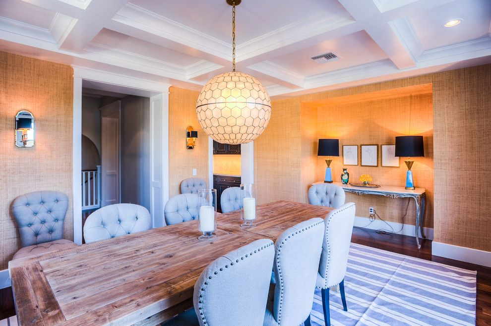 The Courts at Huntington Station for a Transitional Dining Room with a Chandelier and Desert Dwelling for Sports Enthusiasts | Dining Room by Drewettworks