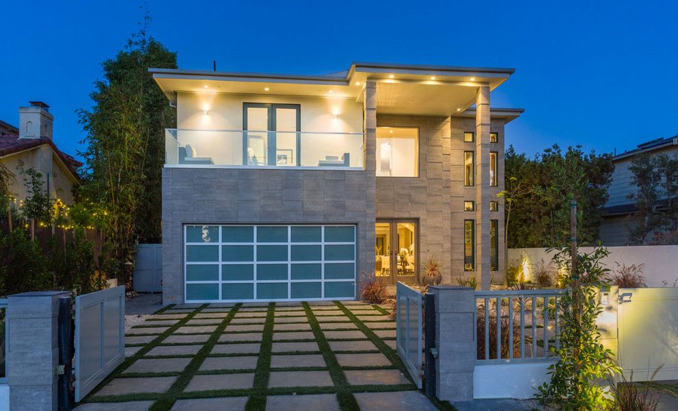 The Oaks Calabasas for a  Exterior with a Hollywood and Twilight Shots by Real Estate Web Solutions
