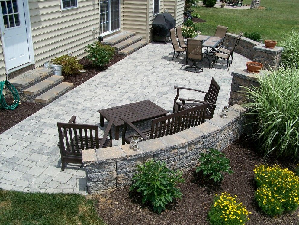The Seasons Laurel Md for a Traditional Landscape with a Hardscaping and Patio, Retaining Wall and Landscaping by M.d. Turf & Landscape Management