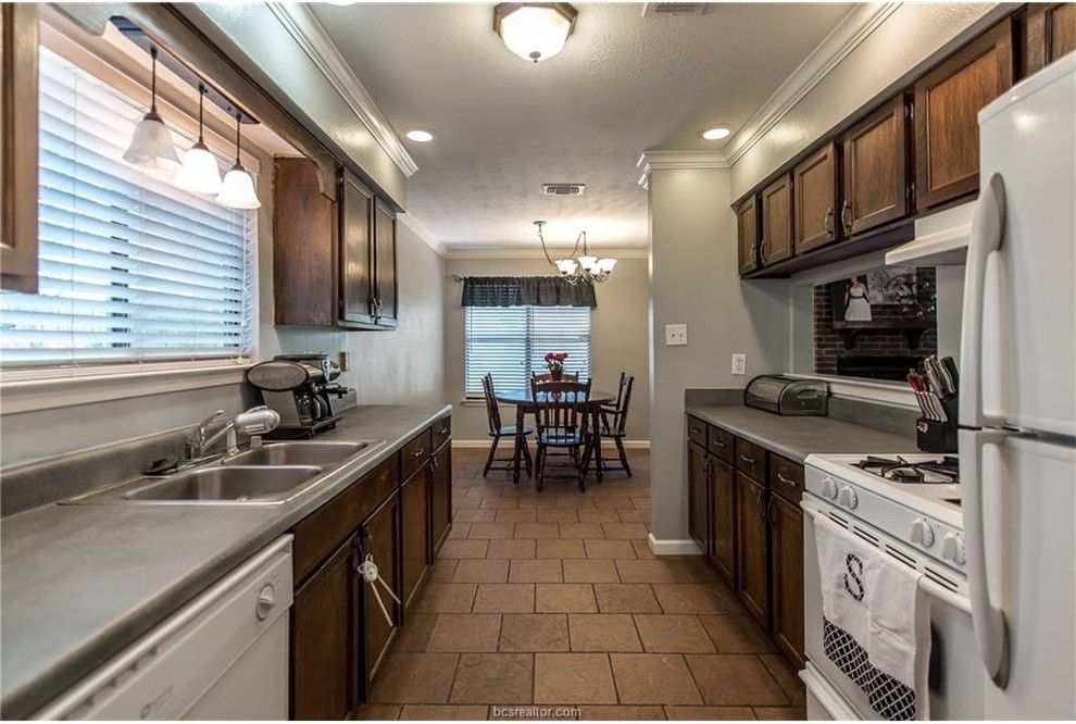 The Woodlands of College Station for a  Spaces with a College Station Homes for Sale and 3210 Dallis Dr by Re/max Bryan College Station   Sarah Miller