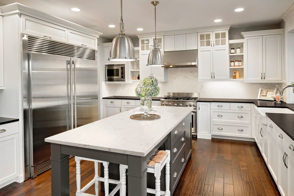 Tic Tac Shot for a Transitional Kitchen with a Transitional and Dupont Corian by Corian® Home Design