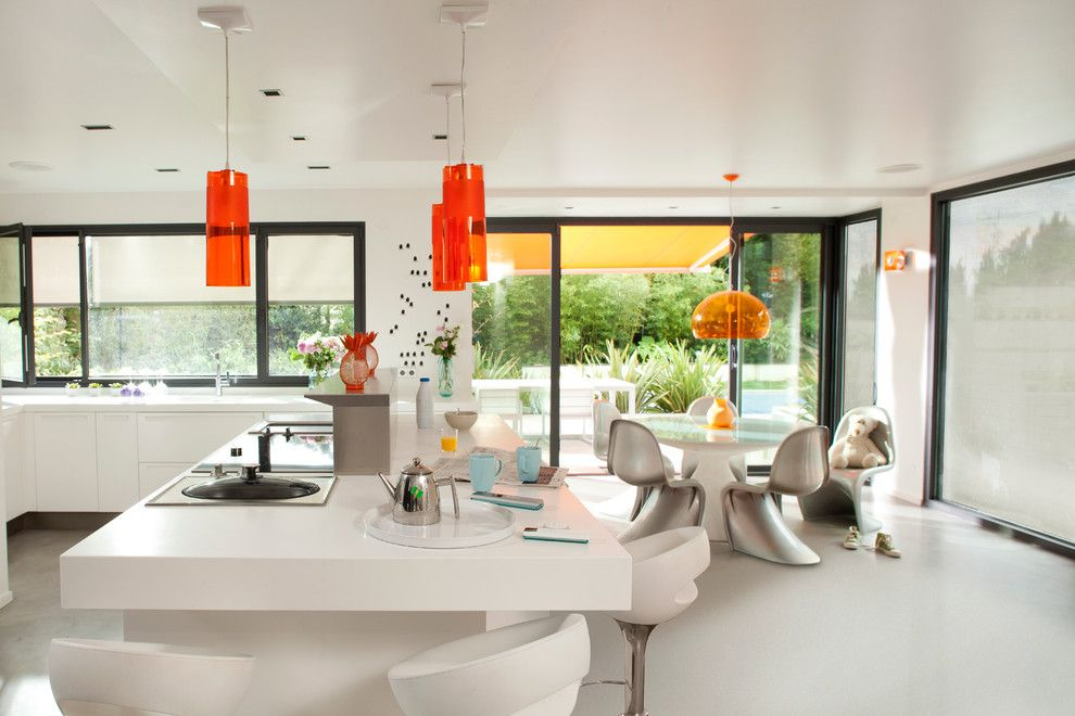Ultratec for a Modern Kitchen with a White Countertop and Somfy by Somfy Systems