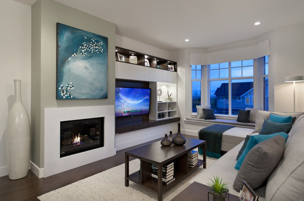 United Artist Laguna for a Contemporary Living Room with a Sectional Sofa and Roxton by Portico Design Group
