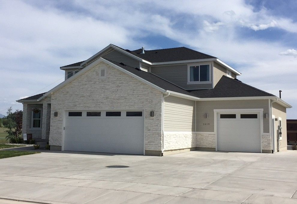 Utah Valley Parade of Homes for a  Exterior with a  and Utah Valley Parade of Homes 2016   Journey's End by Hearth and Home Distributors of Utah, Llc. (Hhdu)