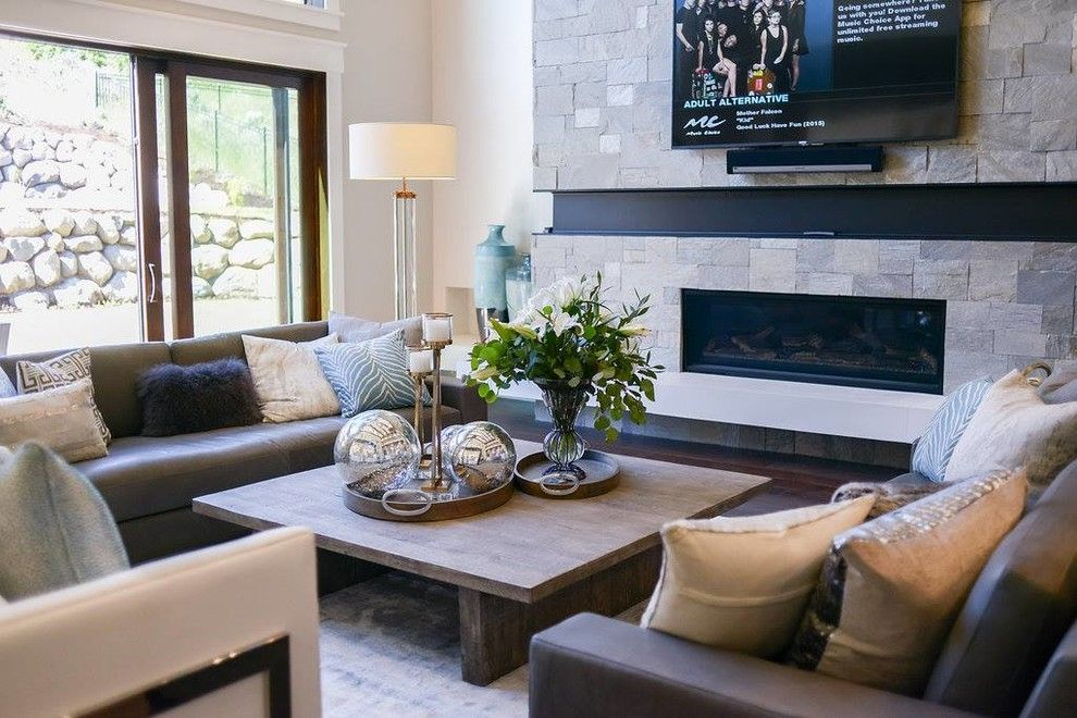 Utah Valley Parade of Homes for a  Spaces with a Prairie Style and Utah Valley Parade of Homes 2016: Raykon Kimberly by Hearth and Home Distributors of Utah, Llc. (Hhdu)