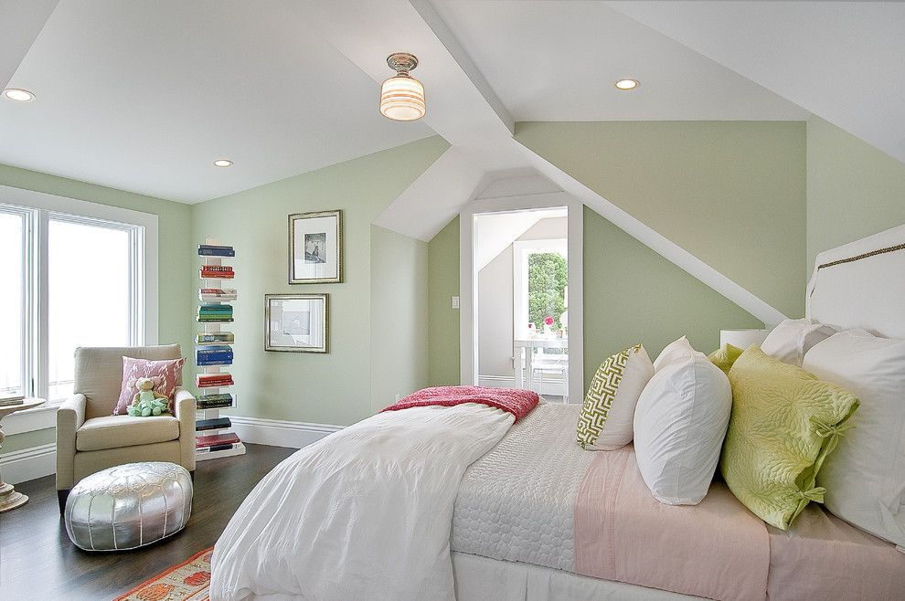 Valley View Theater for a Traditional Bedroom with a Sloped Ceiling and Kids Bedroom by Cardea Building Co.