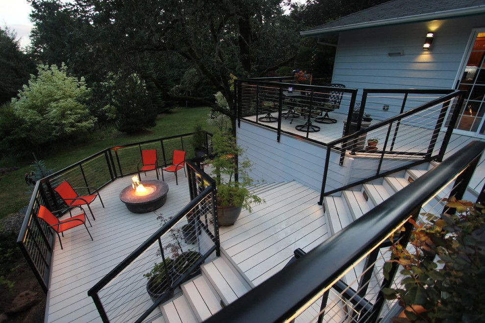 Velvet Rope Portland for a Modern Deck with a Cable Railing System and Modern Aluminum Deck by G. Christianson Construction, Inc.