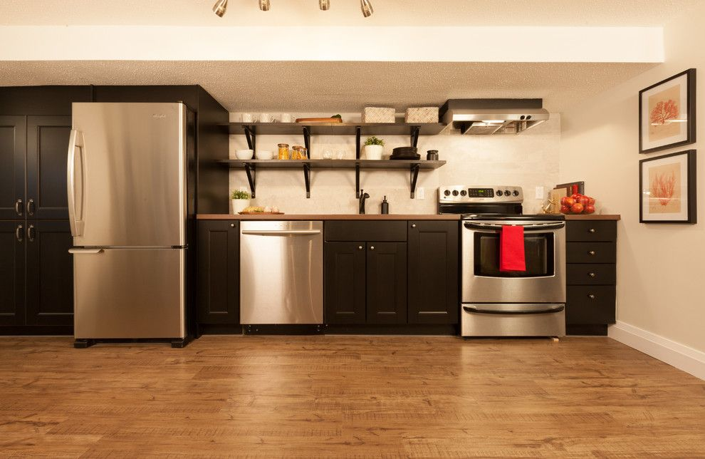 Versalock for a Transitional Kitchen with a Vinyl Plank Flooring and Kitchens by Shaw Floors