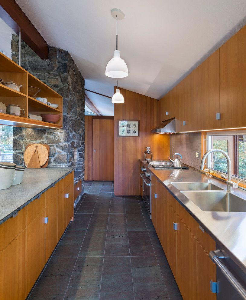 Walter Gropius for a Midcentury Kitchen with a Unfading Mottled Green and Purple Slate and Sculpted to the Land by Flavin Architects