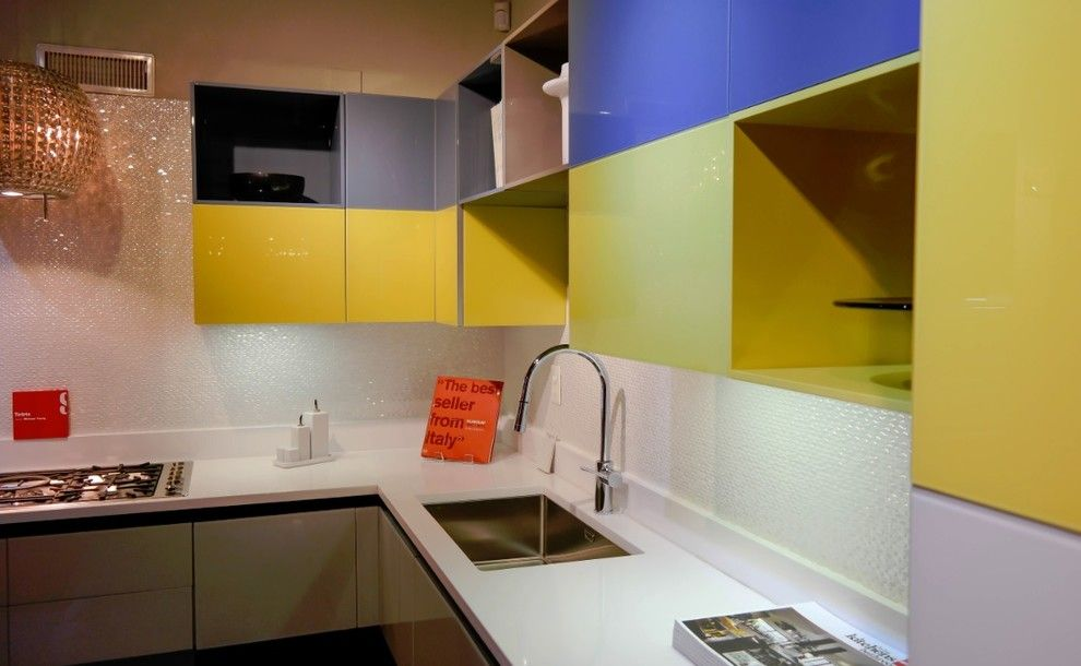 Washington Dc Points of Interest for a Contemporary Spaces with a Italian Kitchen and Tetrix by Angelo Zambrano