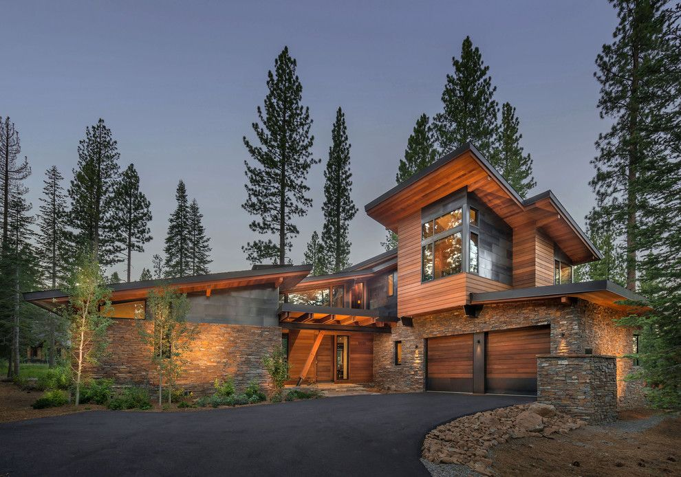 Weather Lakeside Ca for a Contemporary Exterior with a Wood Garage Door and Putter's Cabin by Ward Young Architecture & Planning   Truckee, Ca