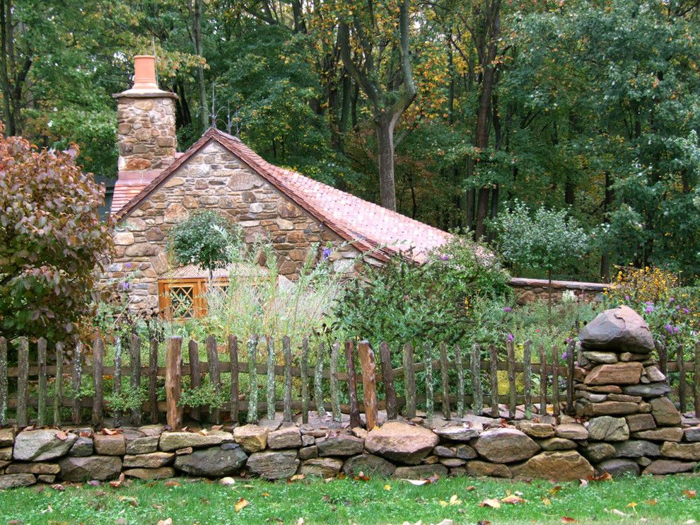 West Chester Lawn and Garden for a Rustic Exterior with a Clay Tile Roof and Hobbit House by Archer & Buchanan Architecture, Ltd.