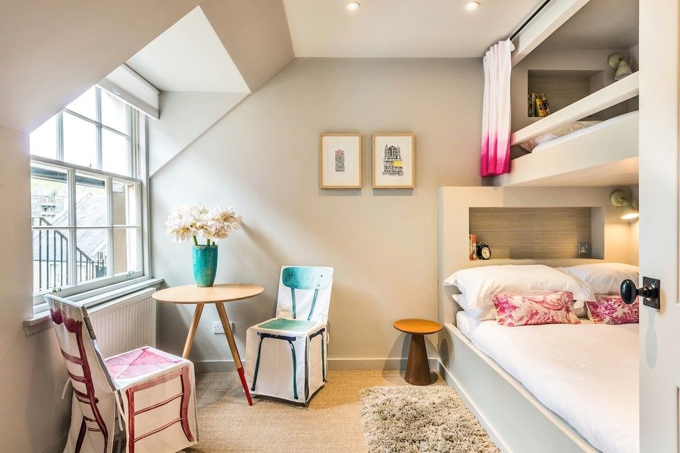 What is a Chiver for a Eclectic Bedroom with a Bed Curtain and an Eclectic Holiday Rental in Edinburgh by the Couture Rooms