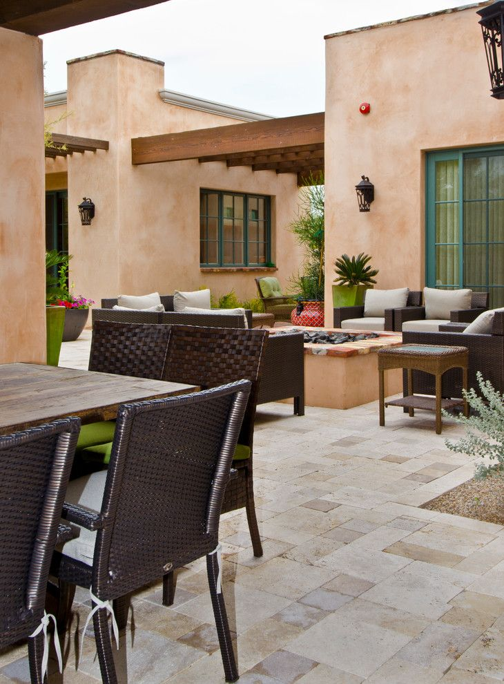 Wickenburg Ranch for a Southwestern Patio with a Green Window Trim and Silverleaf Home 10 by Sonora West Development, Inc.