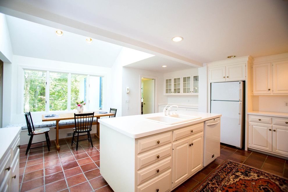 Winchester Ma Real Estate for a Mediterranean Kitchen with a Benoit Mizner Simon and 24 Claypit Hill Road, Wayland, Ma by Amy Mizner, Benoit Mizner Simon & Co.