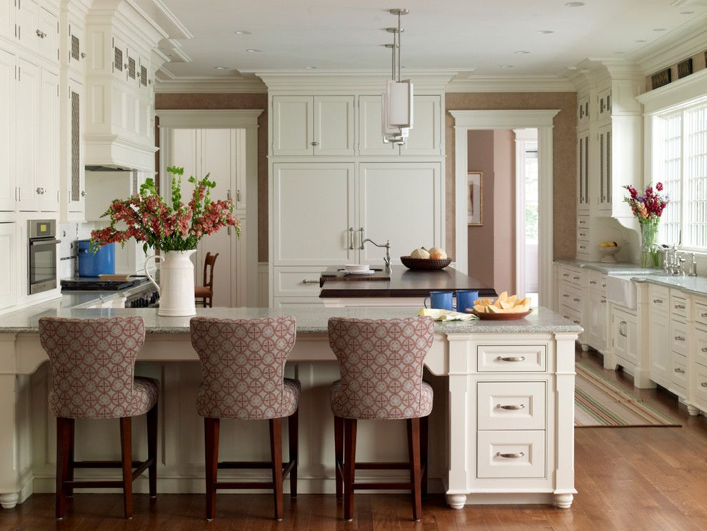 Woodlake Country Club for a Traditional Kitchen with a Eat in Kitchen and New Canaan Private Residence by Country Club Homes
