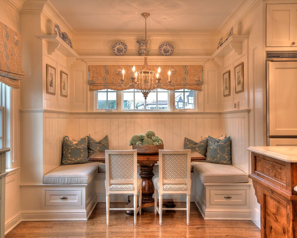 Woodlake Country Club for a Traditional Kitchen with a White Shelf and South Ave by Country Club Homes
