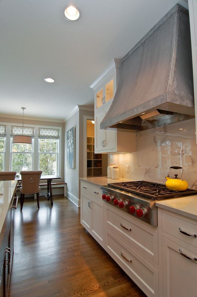 Woodmagazine for a Transitional Kitchen with a Dining Table and Great Neighborhood Homes by Great Neighborhood Homes