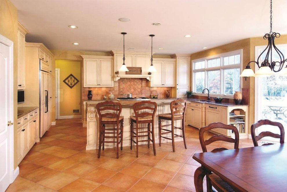 Www.twinspires.com for a Traditional Kitchen with a Tile Backsplash and Cubbage Kitchen 8 by Cameo Kitchens, Inc.
