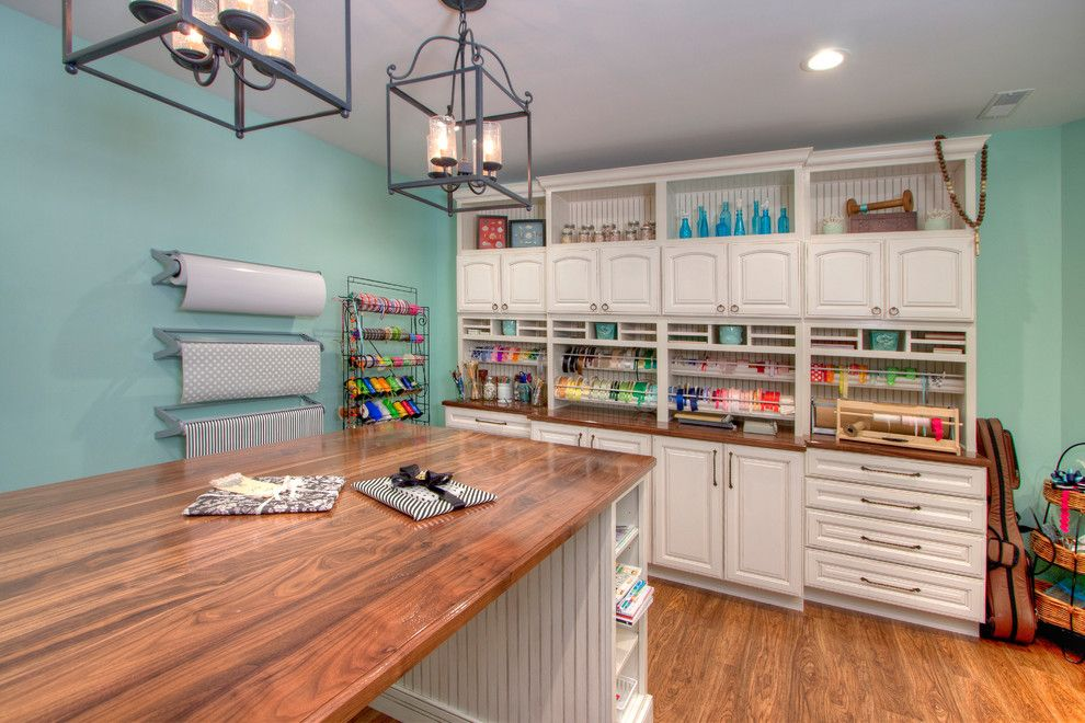 Xroom for a Traditional Home Office with a Craft Room and Gift Wrapping & Kids' Craft Studios by Mosby Building Arts