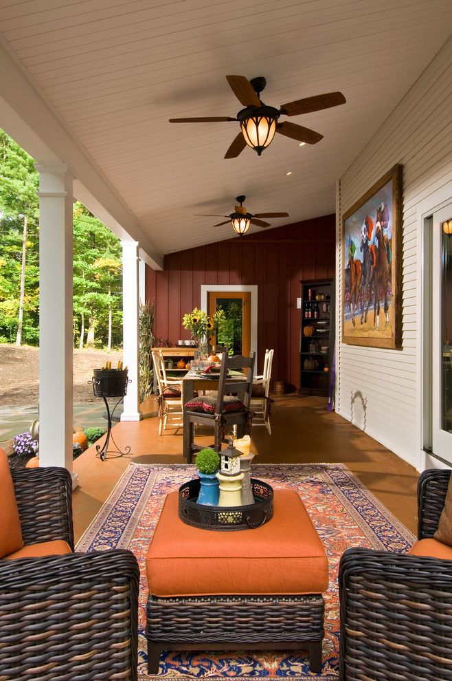 Zanos for a Farmhouse Porch with a Outdoor Entertaining and Showcase 2011   Artist's Retreat by Witt Construction