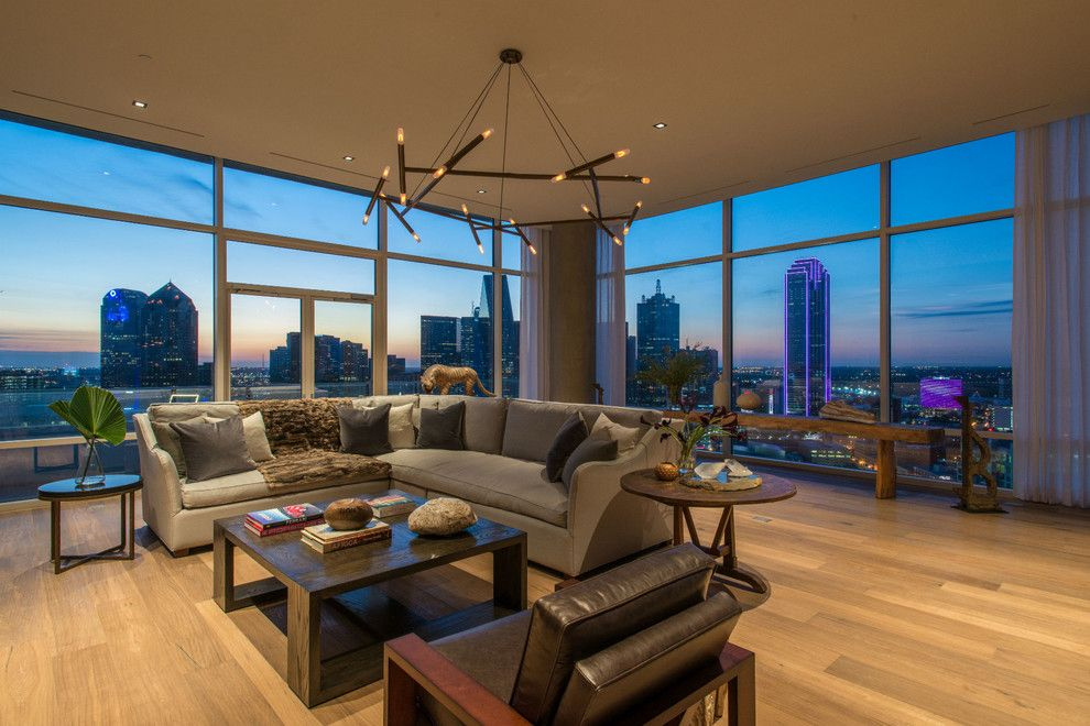 Zaza Hotel Dallas for a Modern Living Room with a Earth Tones and W Hotel Dallas South Unit by Platinum Series by Mark Molthan