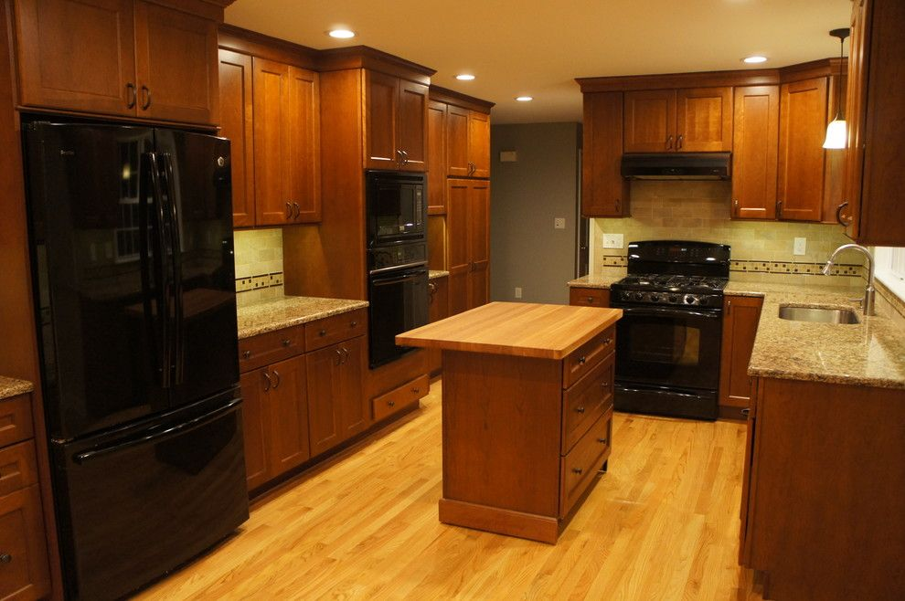 Zodiaq Countertops for a Contemporary Kitchen with a Kitchen and Lynne and Peter's Kitchen by C&j Custom Builders Inc.
