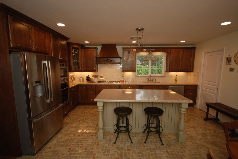 Zodiaq Countertops for a Traditional Kitchen with a Kitchen and Cognac and Willow with Savory by Blue River Cabinetry